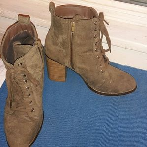 Candies Olive colored suede booties.